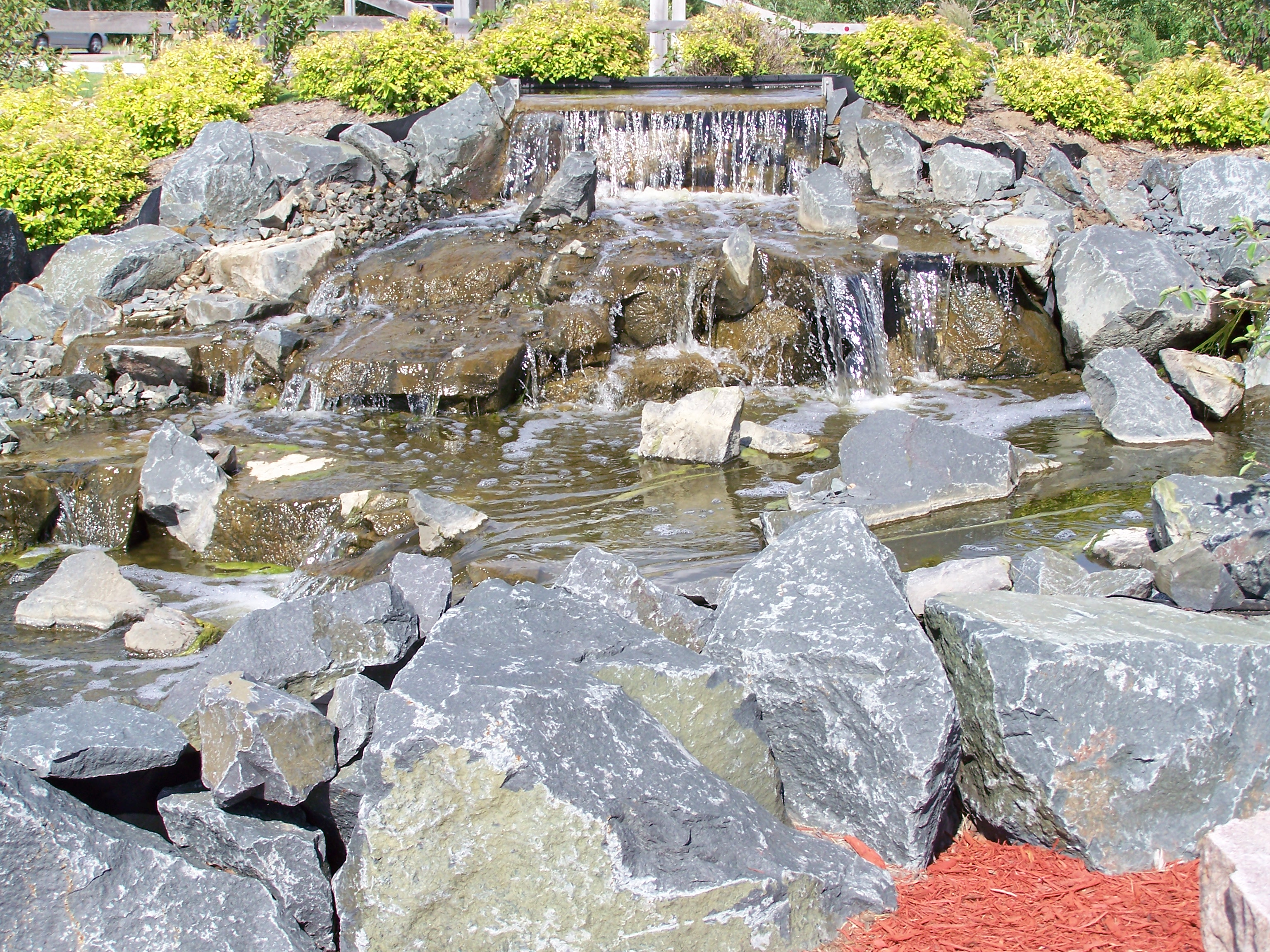 Water Features/Outdoor Fire Pits